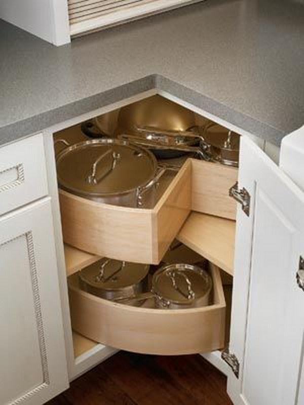 szafka narożna w małej kuchni